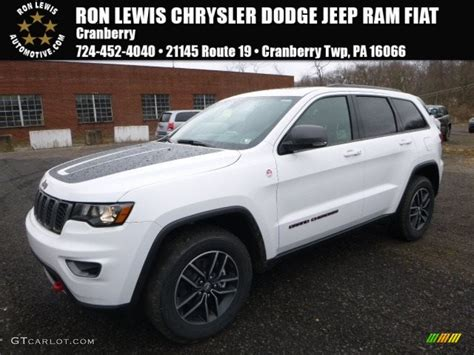 white jeep cherokee 2017 2017 bright white jeep grand cherokee trailhawk 4x4