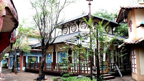 kota wisata cibubur   tempat rekreasi  liburan