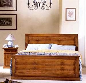 Letto matrimoniale modello Asolo in legno massello stile