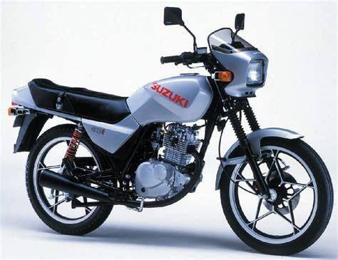 Suzuki Gs 125 by Suzuki Gs125e