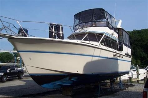 Raymarine Annapolis Boat Show by Flybridge Boats For Sale In Annapolis Maryland