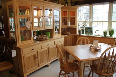 Imagine Your Family Gathered Around This Inviting Dining