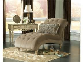 Chaise Lounge Living Room by Bedroom Chaise Lounge Chairs For Elegant Style And Feeling