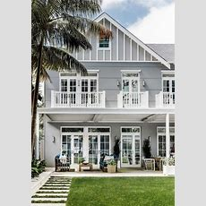 Hamptons Style Homes (10 Exterior Design Features