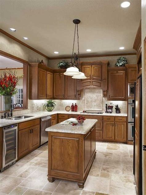 Oak cabinetry often features an orange finish that can make your kitchen appear outdated. Kitchen Design Traditional Oak Cabinets 1 (With images ...