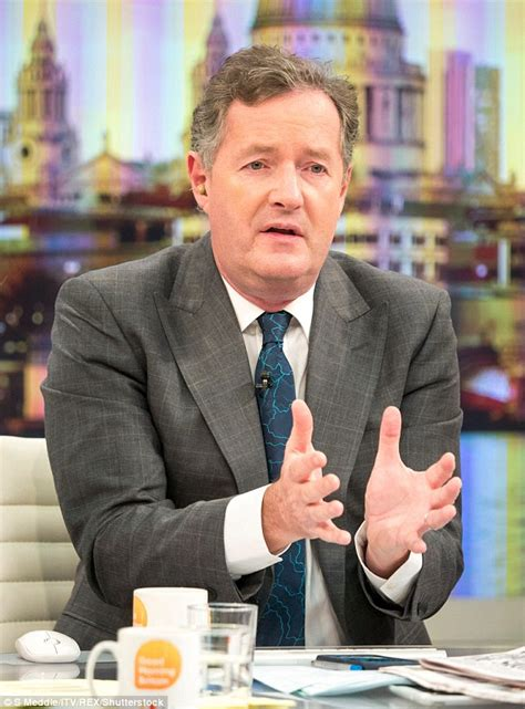 Piers Morgan poses with Susanna Reid and Kate Garraway at ...