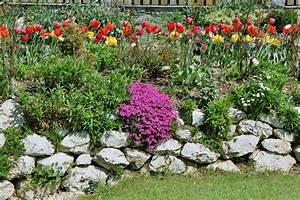Gartengestaltung Mit Natursteinen : stein im garten der service g rtner gartengestaltung gartenpflege in salzburg umgebung ~ Markanthonyermac.com Haus und Dekorationen