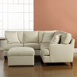 Small sectionals sofas small sectional sofa and its por for Small sectional sofas with chaise lounge