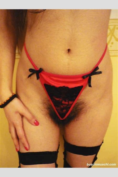 haarige Tanga Muschi - Unrasierte Muschi Bilder