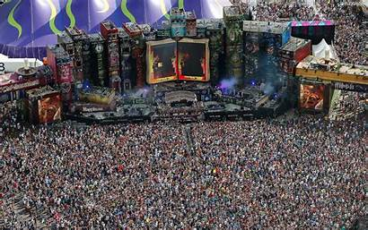 Tomorrowland Dur Coup