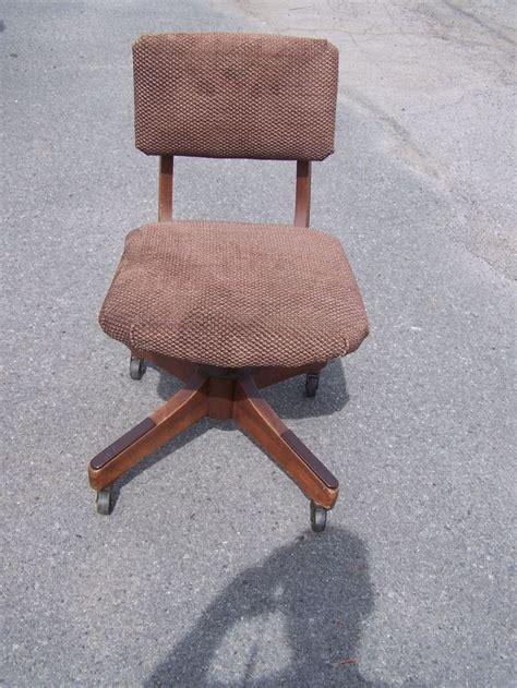 vintage furniture nc vintage myrtle desk high point carolina desk chair 6800