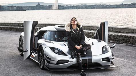 girl driving koenigsegg  brutal revs  startup