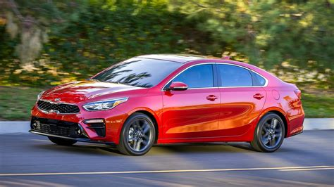 news  kia cerato revealed gt model  oz