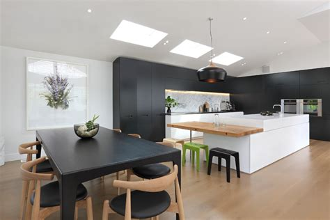 Floor-to-ceiling-kitchen-cabinets-kitchen-contemporary