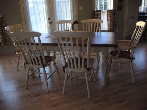 cuisine couleur creme table de cuisine couleur crème atelier meuble rustique