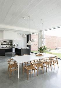 deco salon jolie cuisine avec sol en beton cire gris With idee deco cuisine avec sol gris cuisine