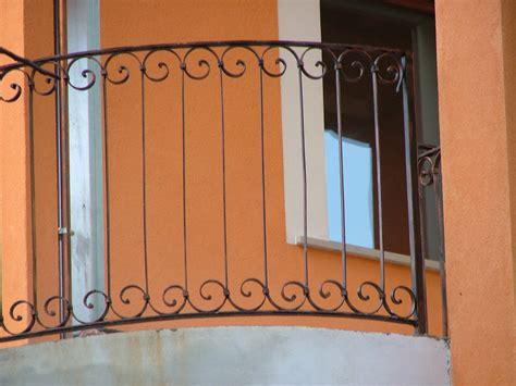 ringhiera antica dettaglio ringhiera antica in ferro battutto