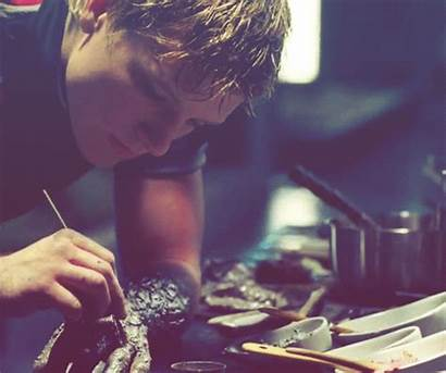 Peeta Hunger Games Mellark Gale Bakery Hutcherson