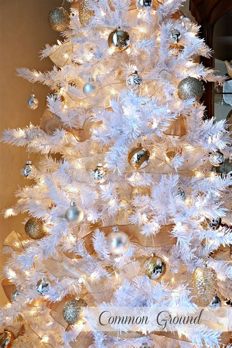 decorate  white christmas tree treetopia blog