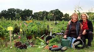 Urban Gardening Hamburg : demeter g rtnerei sannmann k sst den fr hling wach die biogartensaison startet ganz hamburg ~ Frokenaadalensverden.com Haus und Dekorationen