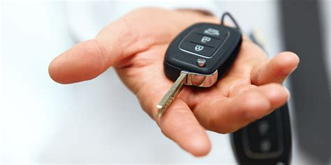 How Can You Replace A Car Key Or Remote?