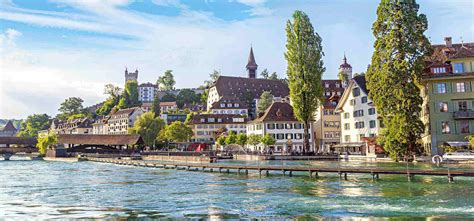 Entry form, negative test result, quarantine, exemptions and additional information for incoming tourists. Schweiz | ZEIT REISEN
