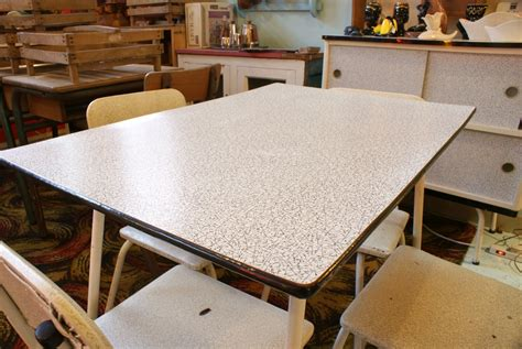 Retro Kitchen Table And Chairs Uk by 1950s Retro Kitchen Table And Chairs Home Decorating
