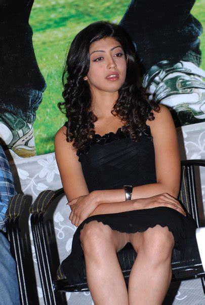 Bollywood Actress Photos Pranitha Hot Stills