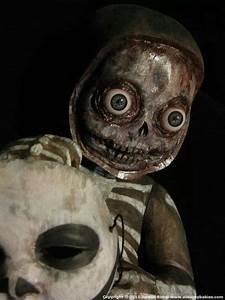 Creepy doll | Creepy Dolls/toys | Pinterest