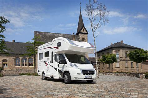 günstige wohnmobile gebraucht kaufen alkoven reisemobile 10 gefragte modelle truckscout24