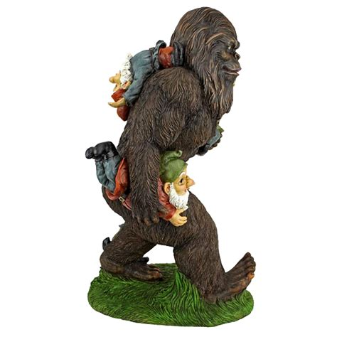 bigfoot statue    instantly squatchify
