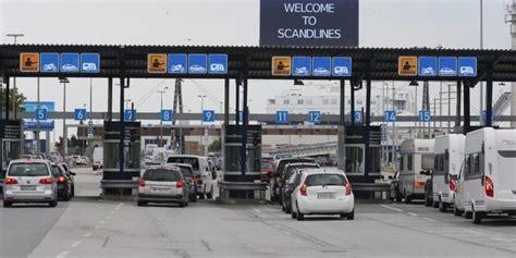 Es gibt direktflüge von deutschland nach dänemark am montag, donnerstag, freitag und samstag. Mehr Flüchtlinge an Grenze zu Dänemark - Mehr Polizisten gefordert