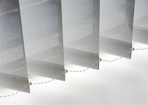 store tamisant 224 bandes verticales