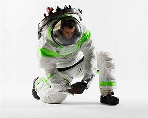 Help NASA Choose A New Spacesuit - Soldier Systems Daily