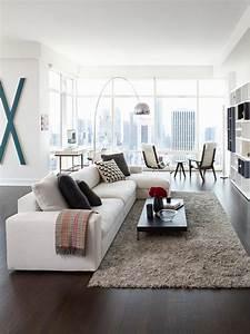 tapis shaggy gris beige ou blanc en 120 idees pour le salon With tapis salon gris clair