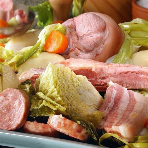 cuisiner le choux blanc recette potée avec jambonneau et petits légumes