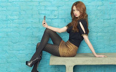 Karen Gillan tights | Celebrities In Tights