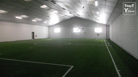 dimension terrain de foot en salle