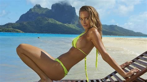 Sports Illustrated Swimsuit Issue Will Have Virtual