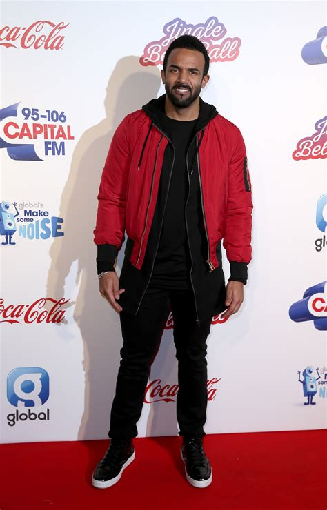 12 Of The Best Fashion Moments From The Jingle Bell Ball ...