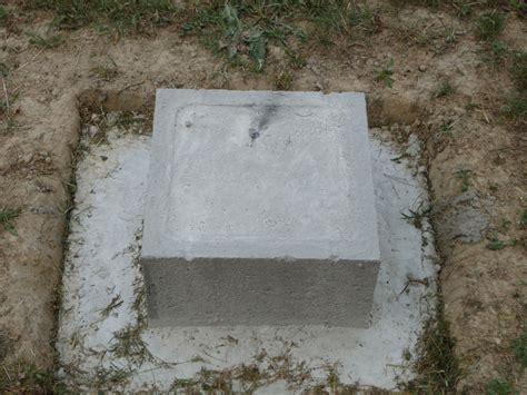 plots beton pour terrasse bois nivrem faire terrasse bois plot beton diverses id 233 es de conception de patio en bois pour