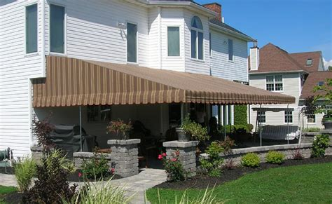 Quality Awnings And Screens Since 1925
