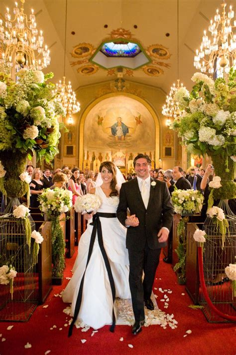 Wedding Ceremony Church Bridcage Red Carpet Fancy