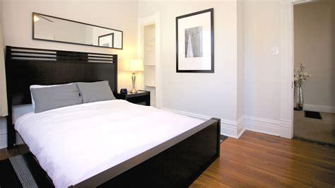 bedroom signature suites shadyside inn  suites