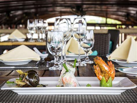table mountain seafood buffet saigon river dining cruise the lady awaits oi