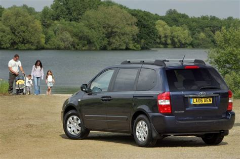 Kia Sedona 2006 Review by Kia Sedona 2006 2012 Used Car Review Car Review