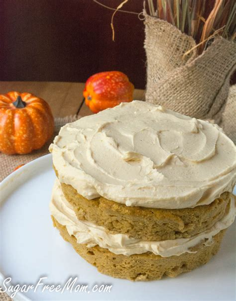 carb pumpkin spice maple cream layered mug cake