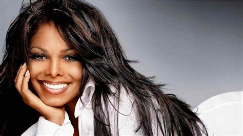 Janet Jackson Shares Adorable First Photo With Baby Boy Eissa
