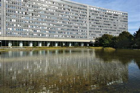 bureau international du travail die sch 246 nsten bauten 1960 75
