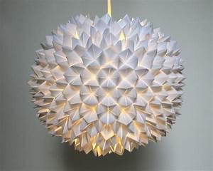 Lampenschirm Basteln Einfach : origami lampenschirm selber basteln ~ Markanthonyermac.com Haus und Dekorationen